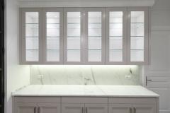 mueble moderno y macizo en cocina